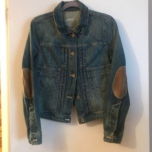 Gap lightly distressed Jean Jacket W elbow patches